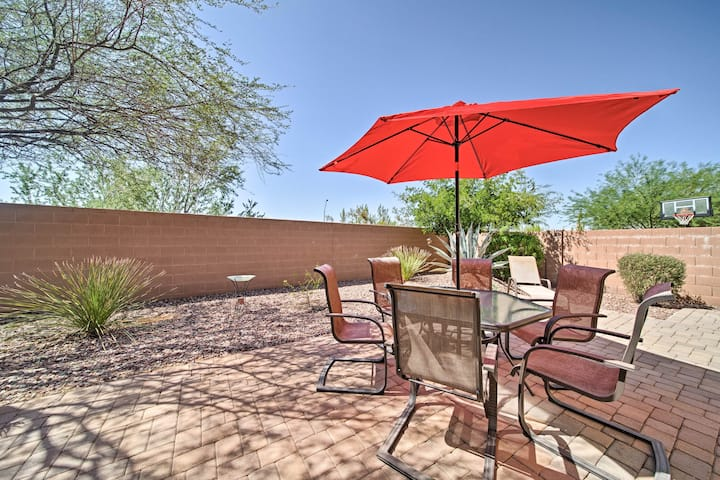 Luxe Anthem Home w/Grilling Patio Near Hiking!
