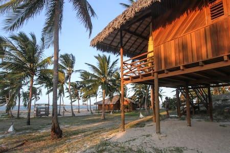 SUITE V - Pousada CASA DA BRUXA - Ilha do Guajirú