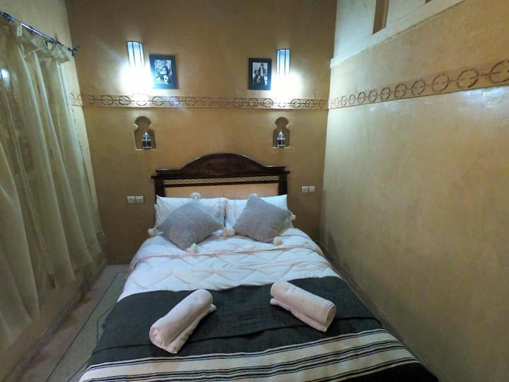 Romantic Premeum Double Room with Private Bathroom