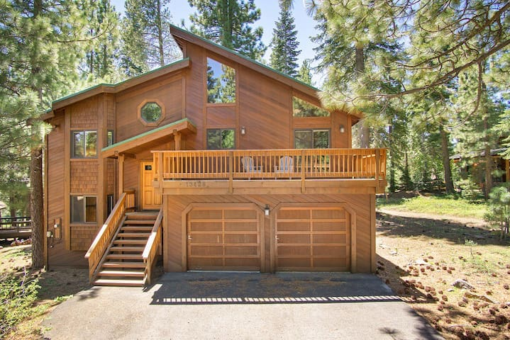 Kerr Home on the Tahoe Donner Golf Course in Truckee, CA