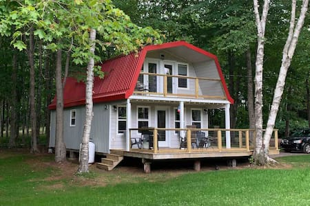 Long River Retreat in the heart of Anne's Land