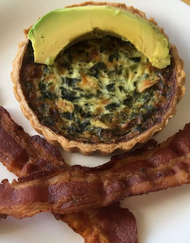 You May Select Either Spinach Artichoke Quiche or Broccoli Cheese Quiche With Either Crisp Bacon Or Sausage.  Enjoy On Your Private Balcony Or Poolside.