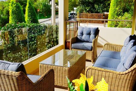 Beautiful&Cozy apartment near Beaches&Supermarket