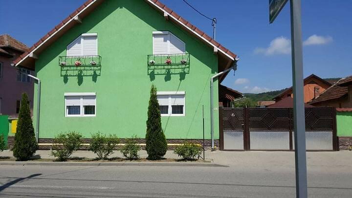 Casa Raul cazare aproape de Prislop