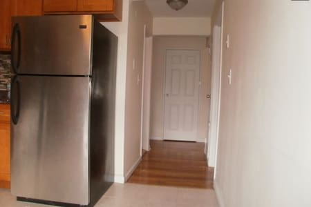 Spacious Semi-Furnished 1 Bed Room - 斯考克斯(Secaucus)