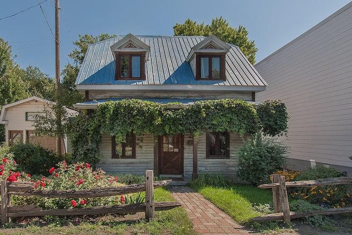 Chambre style Tiny House dans le vieux Sainte-Rose