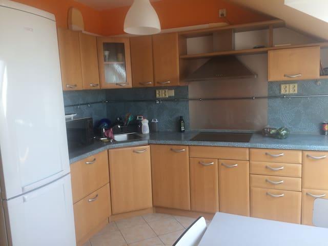Suchdol, Kamýcká - Praha - Apartment