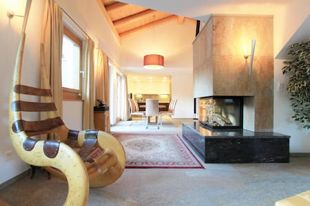 Luxurious Chalet at lake St. Moritz - Sankt Moritz