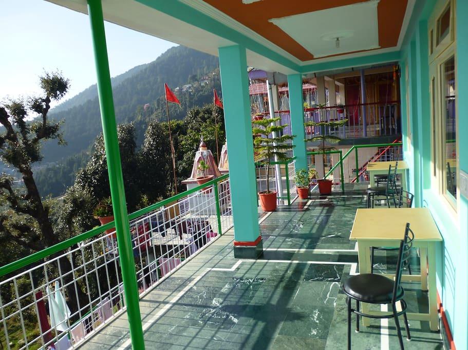 Second-floor terrace