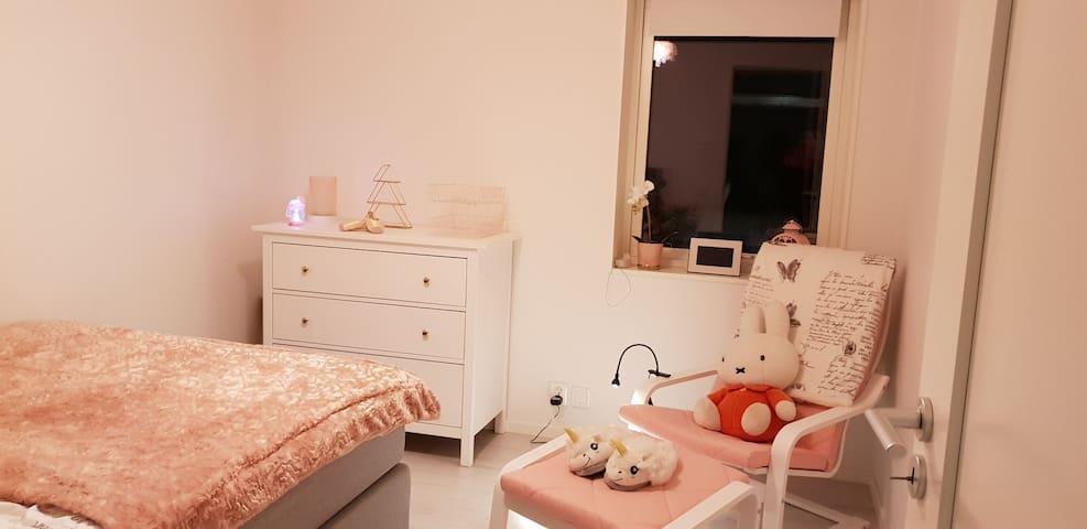 Bedroom 3 , the Pink  room