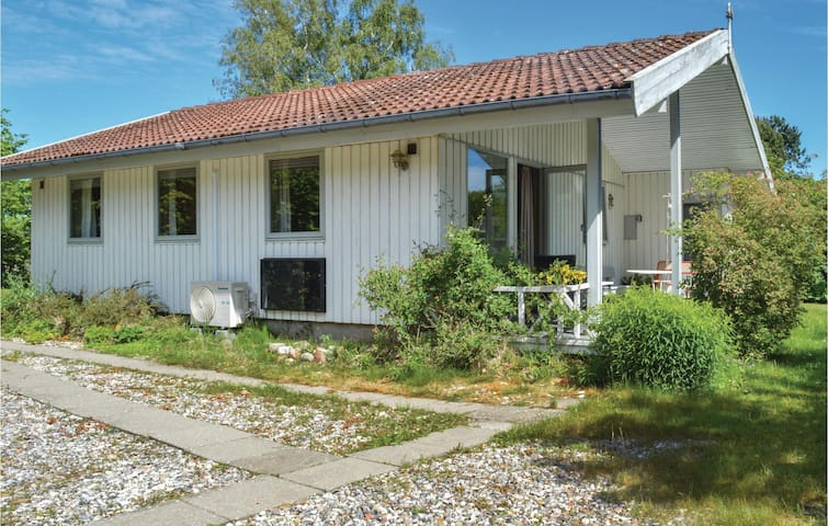 Holiday cottage with 2 bedrooms on 59m² in Jægerspris