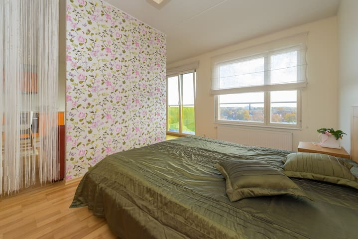 Spacios studio, 10 min from old town, free parking