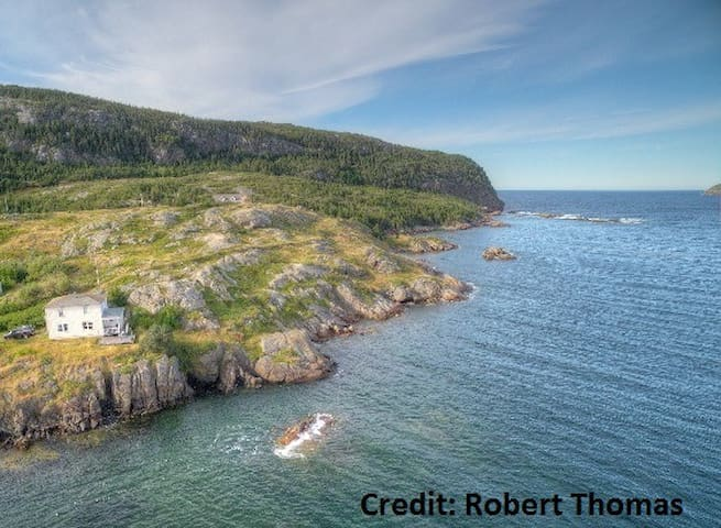 Oceanside house, Salvage, NL