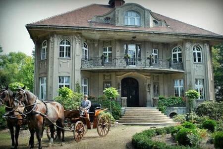Historische Villa in Uhsmannsdorf/Oberlausitz