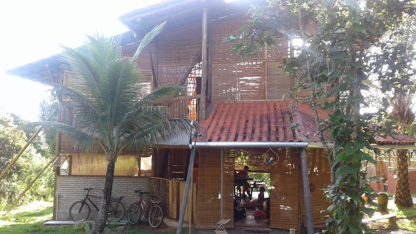 Espaço Oásis - Itacaré - Blockhütte