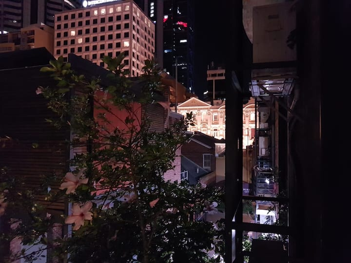 Summer Special: Perth City Living At Its' Best!