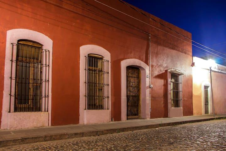 Loft en Casa Colibrí  300 años de Historia