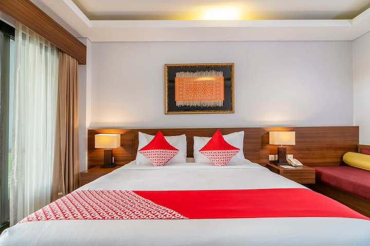 Budget Hotel Room in Central Denpasar
