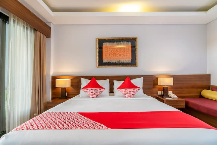 Budget Hotel Room in Central Denpasar