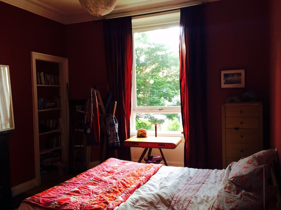 Lovely double room (queen sized bed) looking out over the gardens