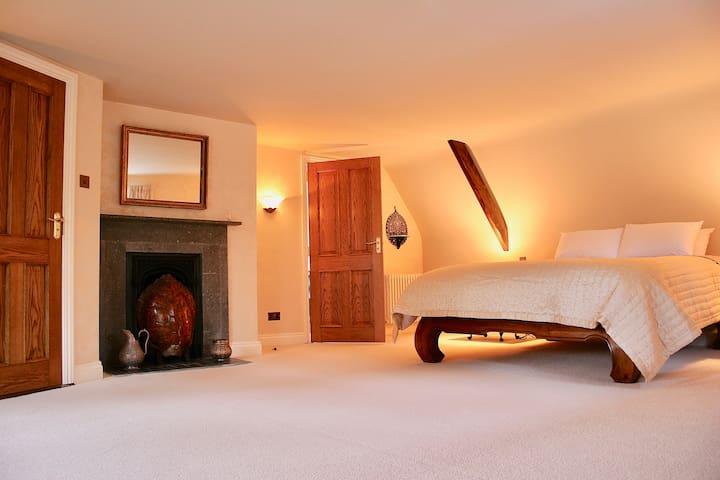 The Master Bedroom & Honeymoon Suite