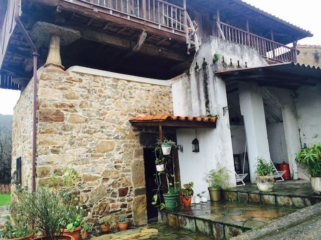 Asturias, Playa Artedo , Playa San pedro.... - Soto de Luiña - Casa