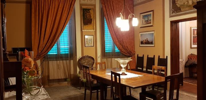 Cecchi's Old Home: tra storia e comfort