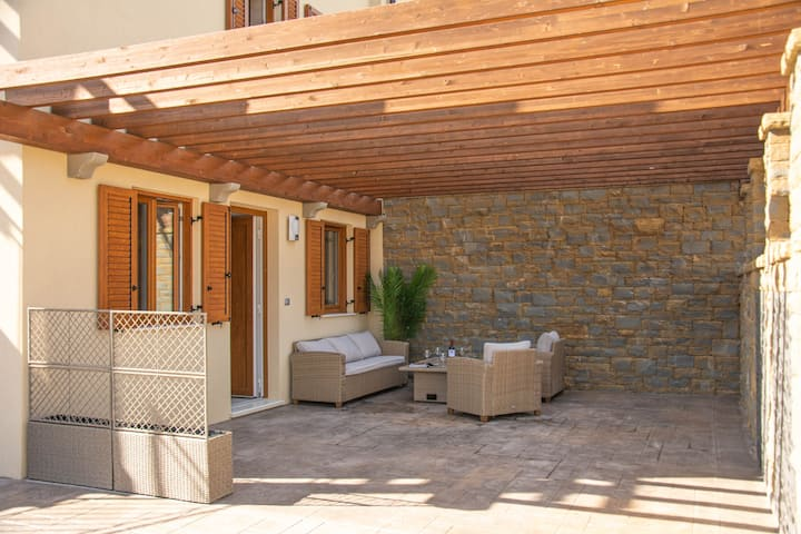 Salinea apartments - Suite with a pergola