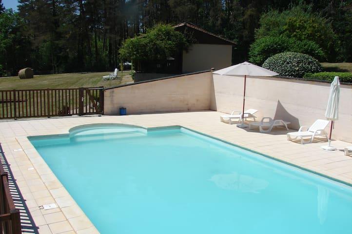 Gites des Grands Chemins haut - Auriac-du-Périgord - Villa