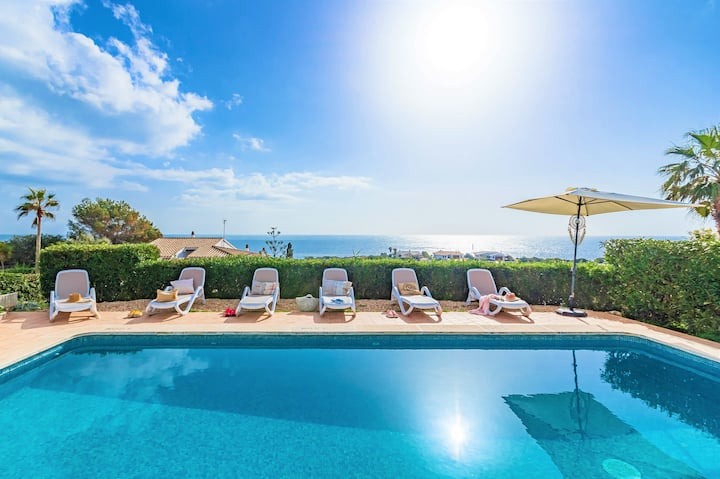 VILLA TURQUESA - Stylish large, bright villa near the beach, stunning sea views