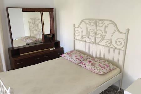 Budget apartment near the sea - Perigiali - Apartmen