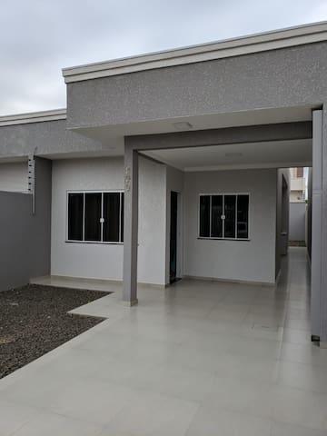 Casa nova perto dos principais pontos turísticos