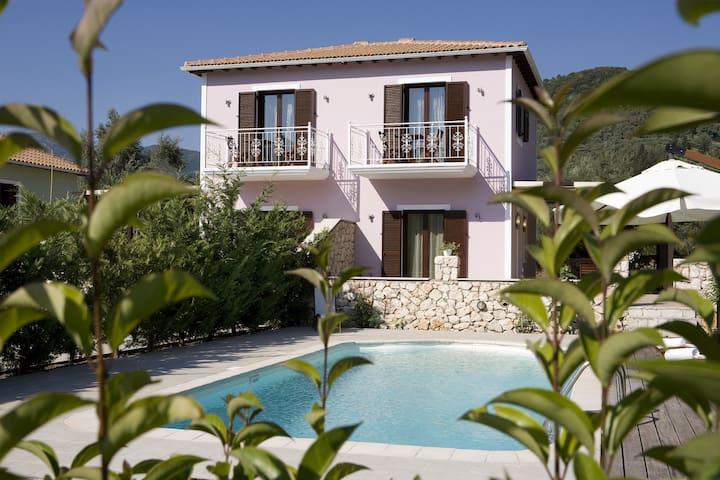 villa Anemone in il vaiggio verde pool area