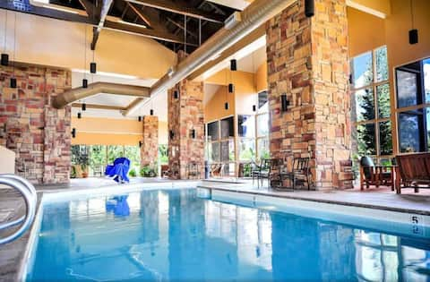 Resort Condo NEXT to the slopes w/ indoor pool