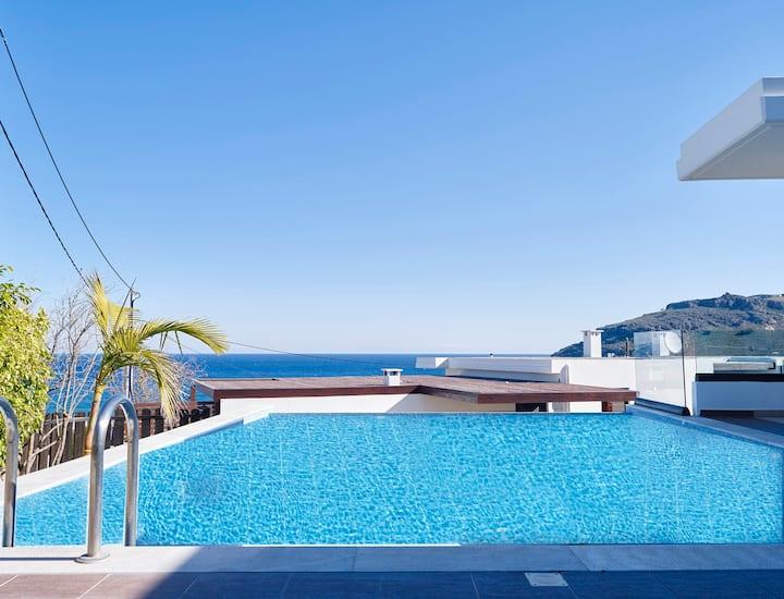 Villa Tamara with Heated Pool