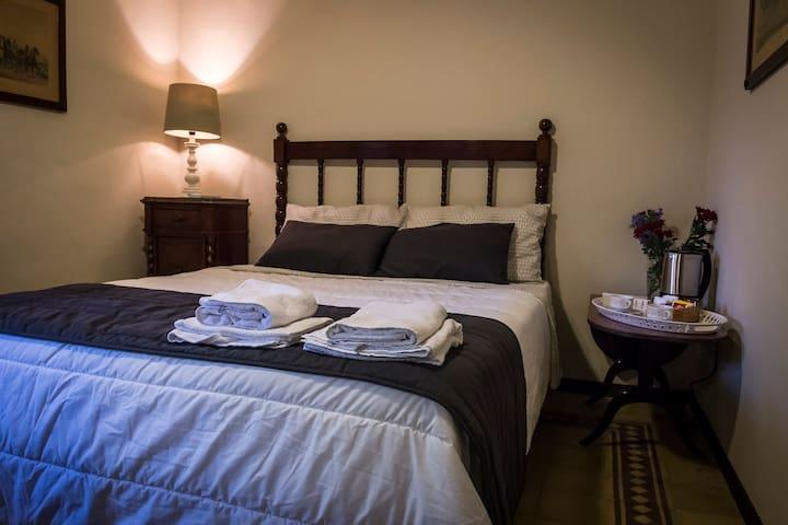 Tenuta del Gelso - Vincenzino's room - Catània - Bed & Breakfast