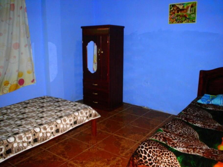 Room side 1