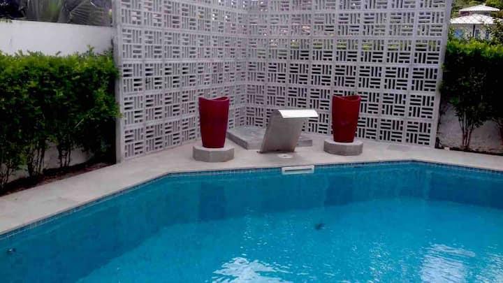 Casa maravilhosa com piscina no Paraiso-Praia 120m