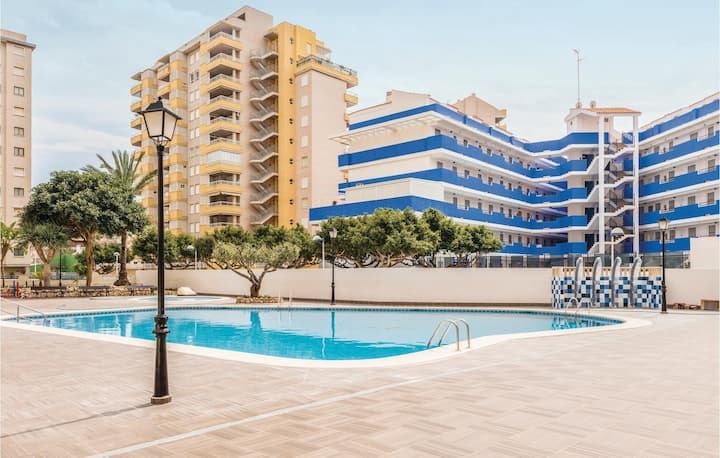 Nice apartment in Oropesa del Mar with Outdoor swimming pool, WiFi and Outdoor swimming pool