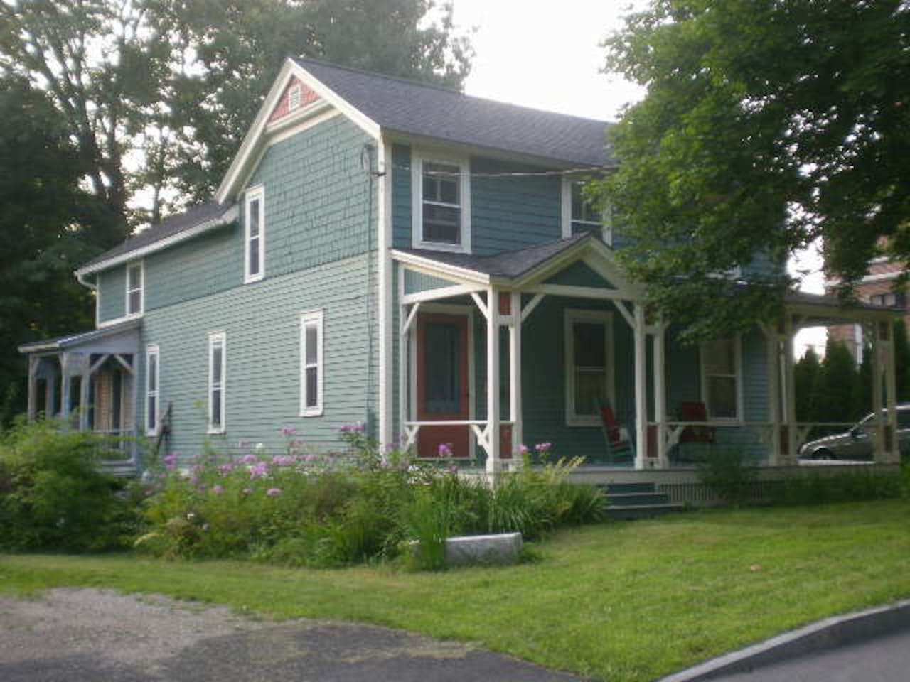 Right in the heart of Williams College, porches on the front and rear of the house!