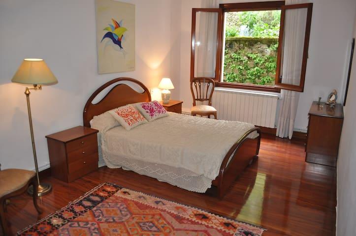 Sanpedrokalea guest-house, mar y terraza ESS00949