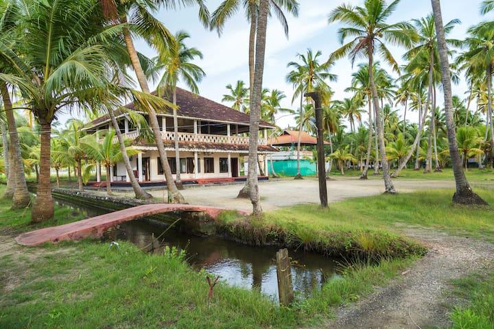 Michael's land Island resort - Kochi - House