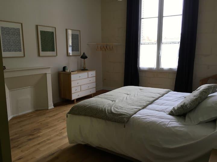 La Maison Saint-Aignan - grande chambre pour 2