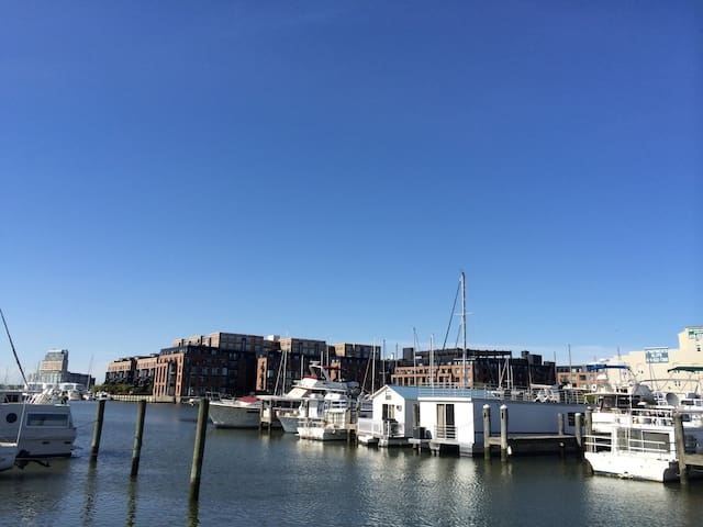 Fells point studio with water view