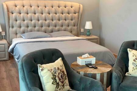 Comfortable one bedroom studio @ Rivervale
