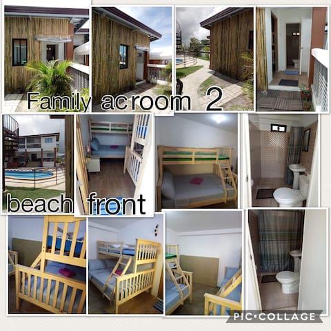 Joy's Place on the beach (Family Room 2)