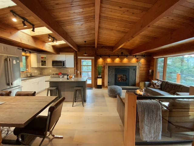 Your Perfect Mountain Getaway