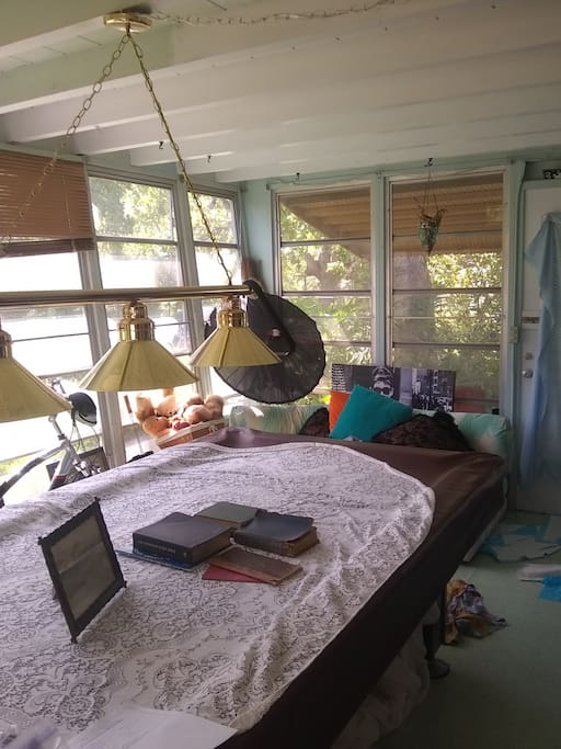 Florida room has great view of gardens. Pool table available. Neighborhood is Best hidden secret in the city. Pleasant quiet street. No neighbors behind for blocks