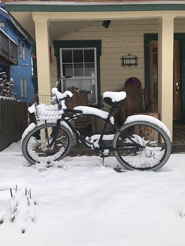 "Stay warm with ""Josephine"" in CB! - Crested Butte - Hus"