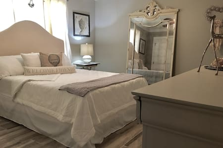 Fabulous Two Bedroom in New Orleans-